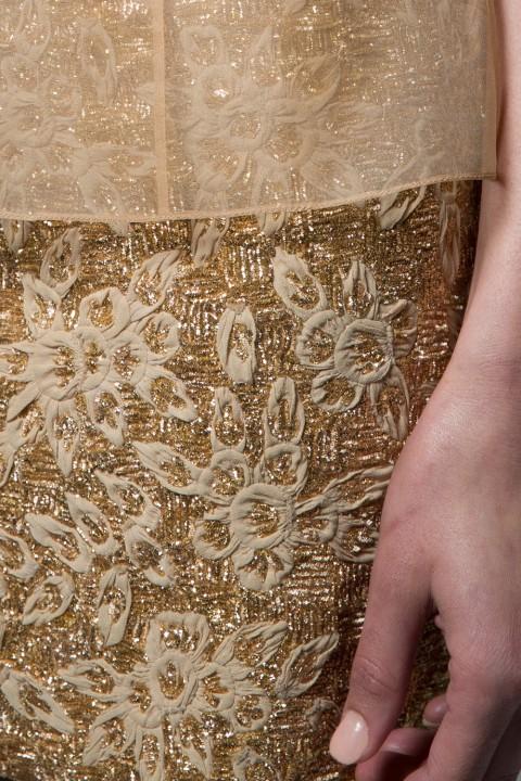 alisondaviscollectioncloseupdetailscouturefabricsgoldskirteveningwear