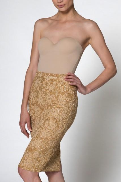alisondaviscollectionsideposegoldskirteveningwearformalcouture